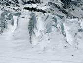 Enormi fratture del ghiacciaio di Verra