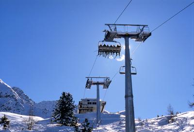 sciare a dicembre - natale sulla neve