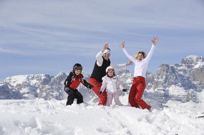 sciare con la famiglia