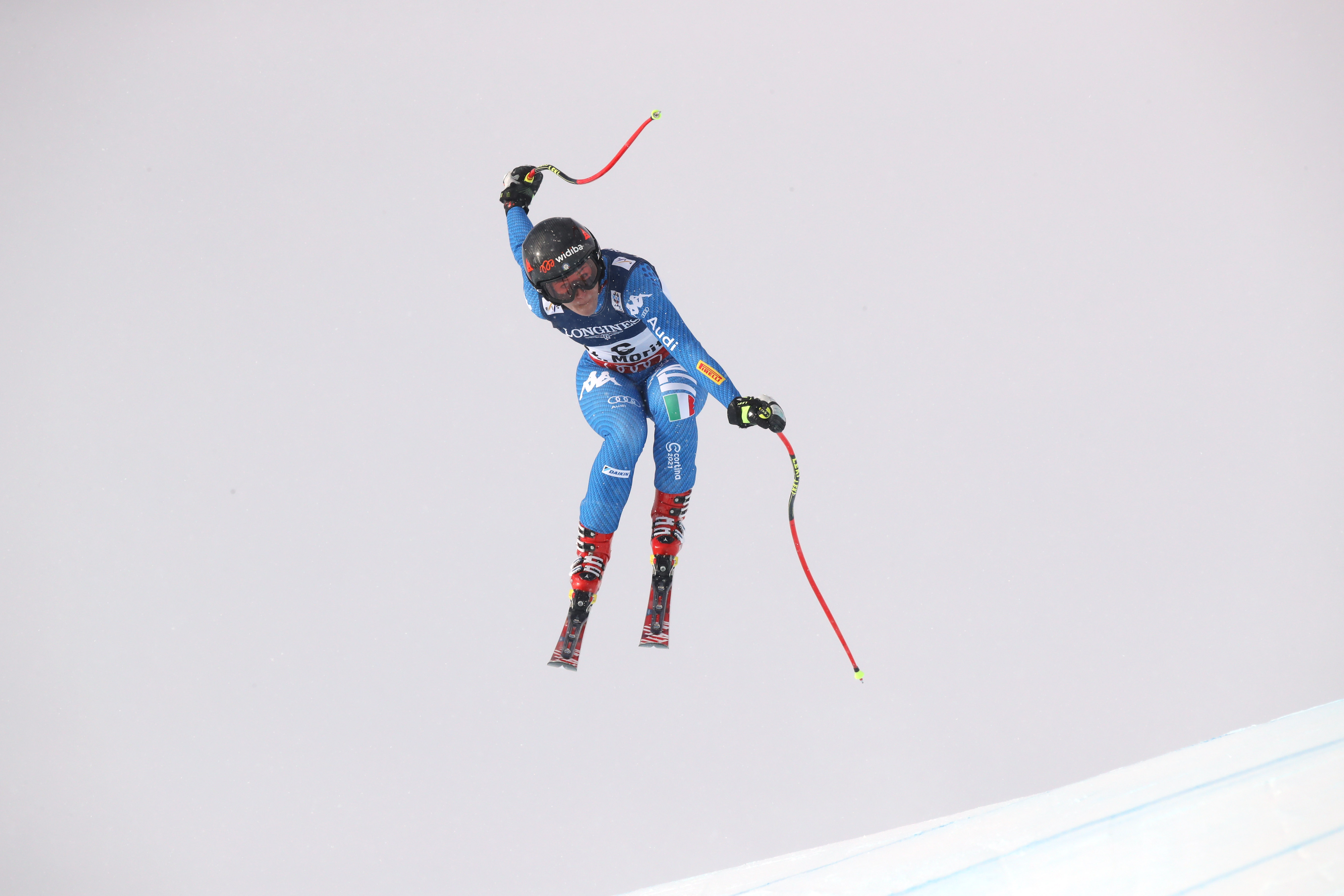 Sci, Mondiali: Holdener vince la combinata, stagione finita per la Gut