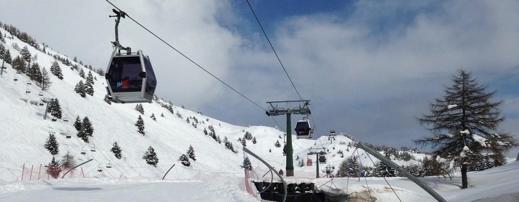 Adamelloski, sulla neve con Le Iene per Terre des Hommes