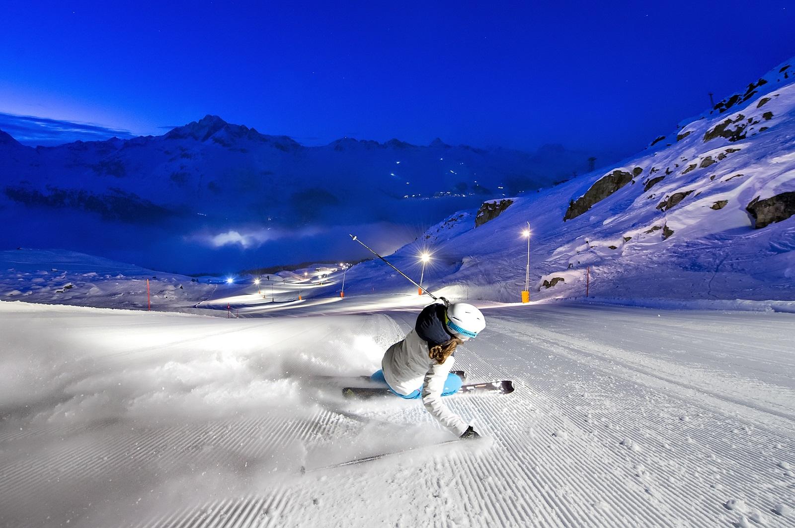 4 MARZO - Cena + skipass notturno + bus da Lombardia per St.Moritz a soli 49 euro