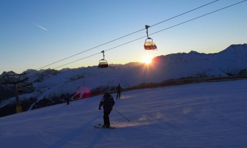 Sciare all'alba a Livigno